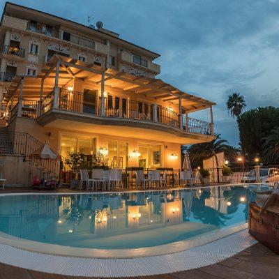 Piscina Hotel Mocambo